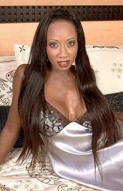 Diamond -  MILF model