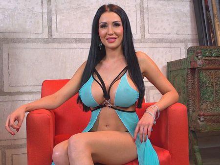 Big boobs cam tube XXX