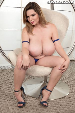 Kitty Cute - Solo Big Tits photos