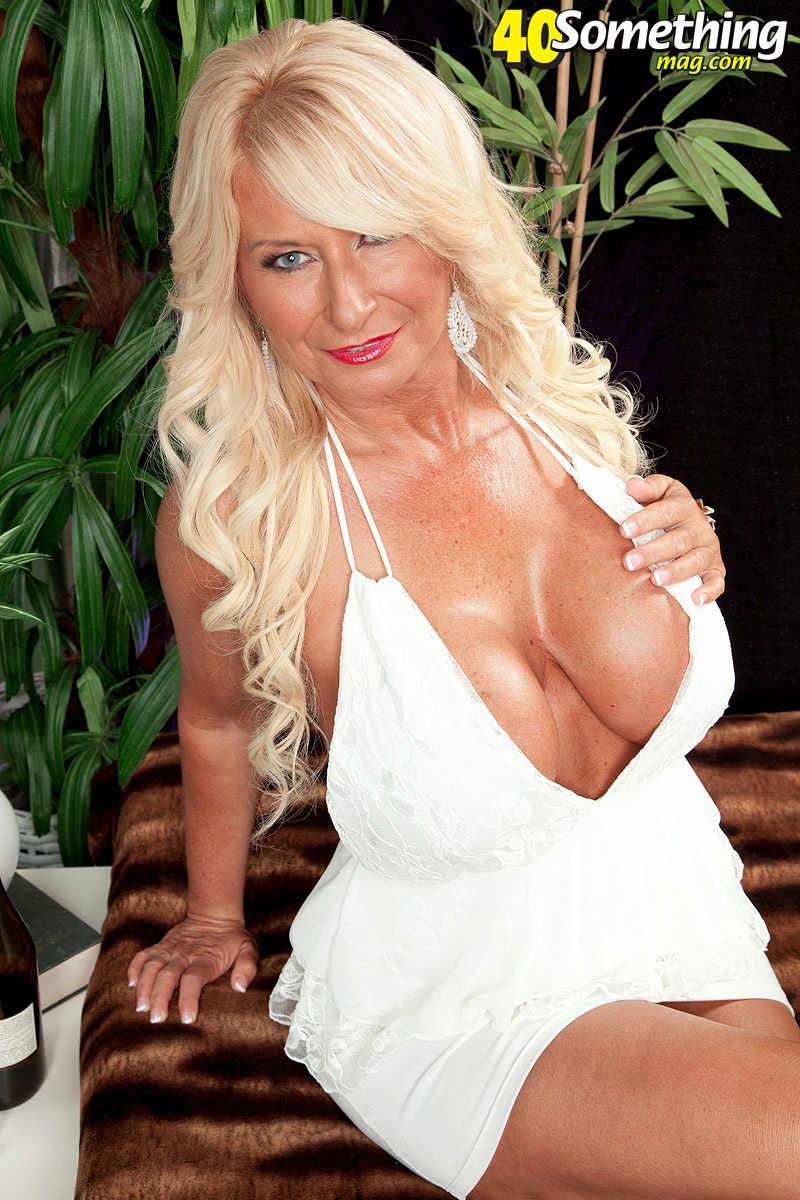 Milf nipple pics-2626