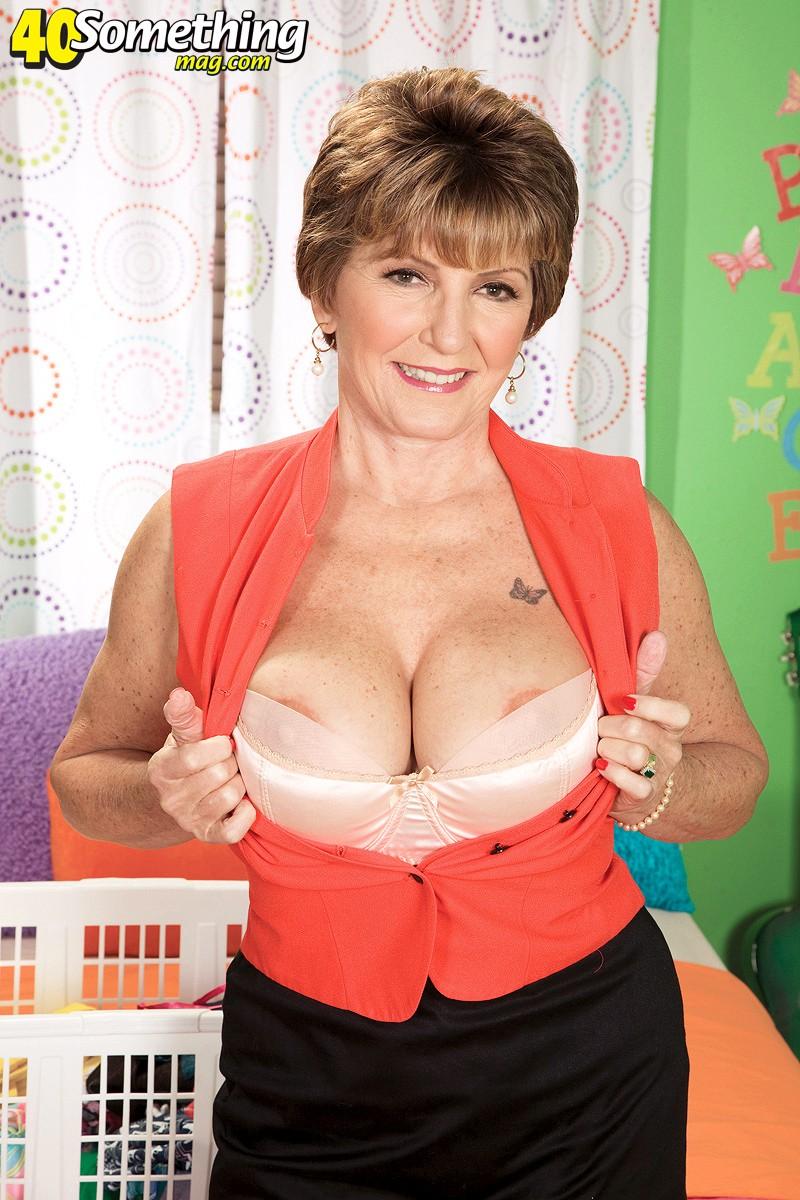 Vanessa hudgens lesbian uncensored nude pictures