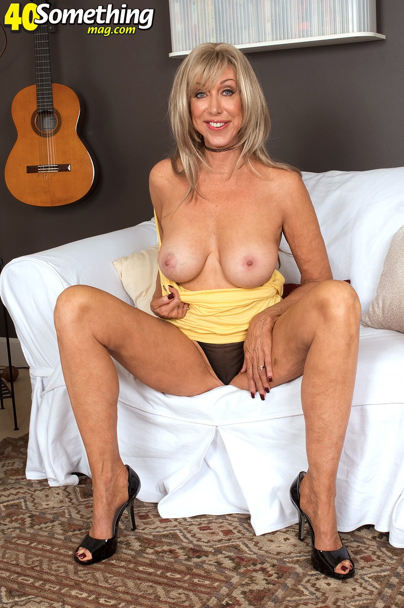 Christy cougar milf model