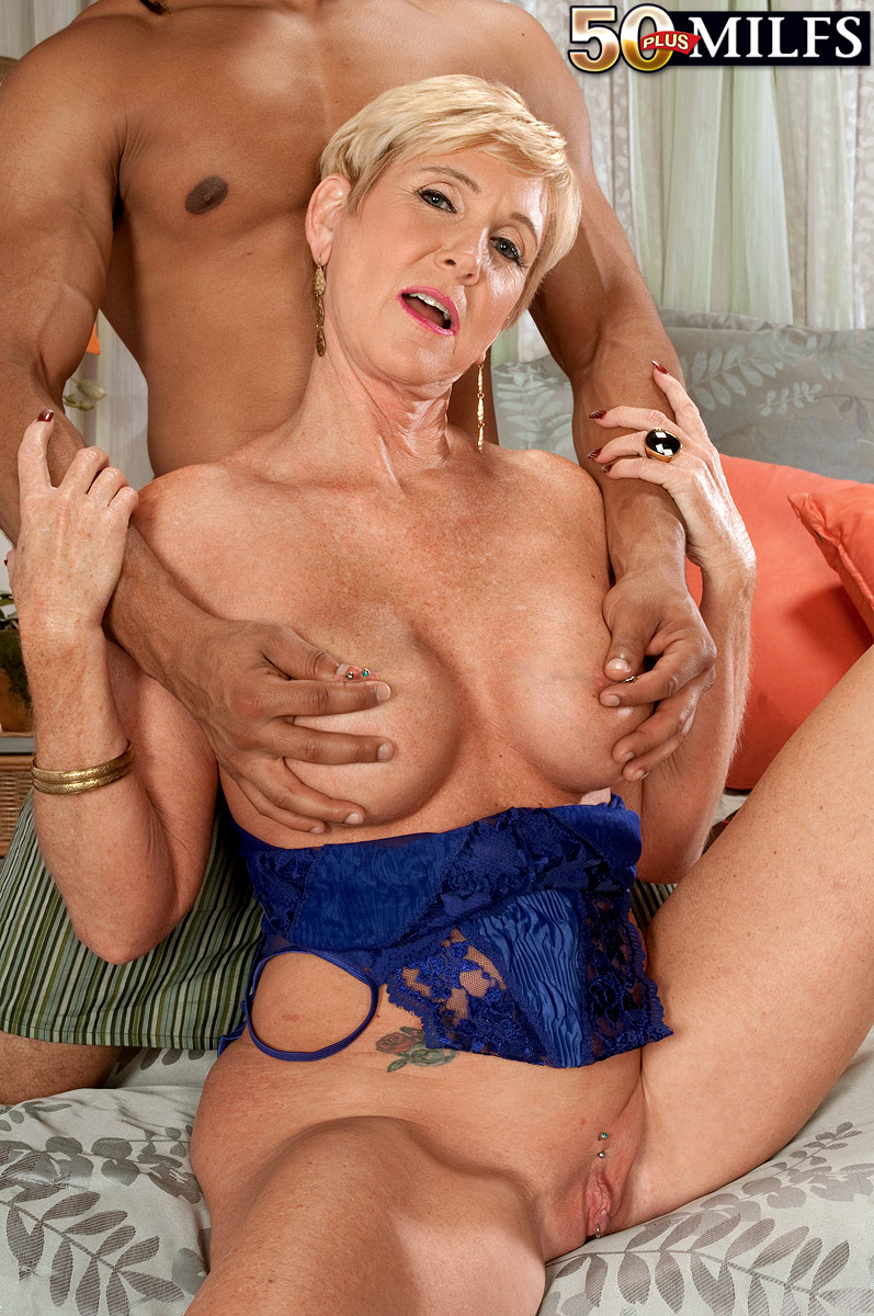Blonde milf fingering and squirting