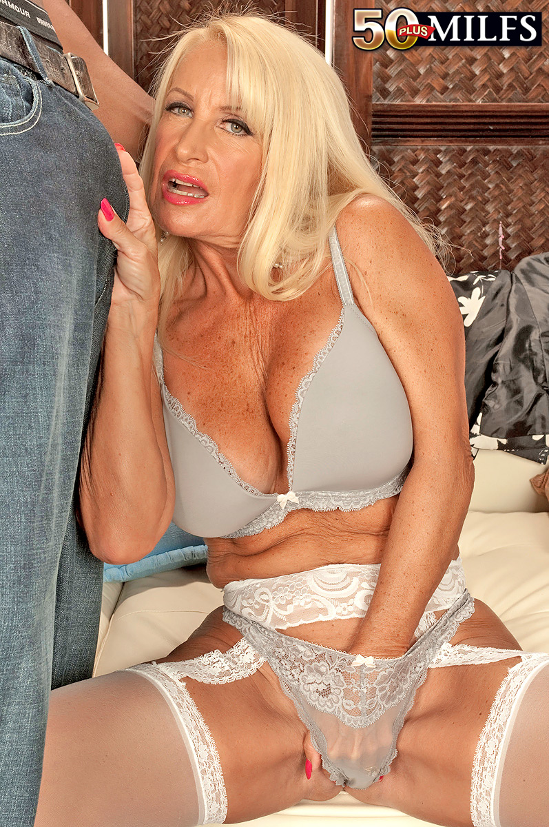 payudara telanjang pamela safitri