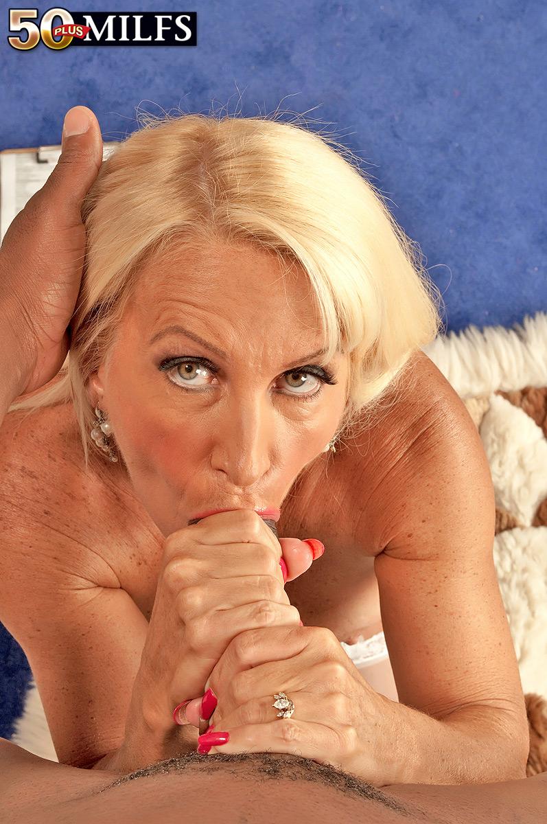 Cooly julia butt pics girls hot
