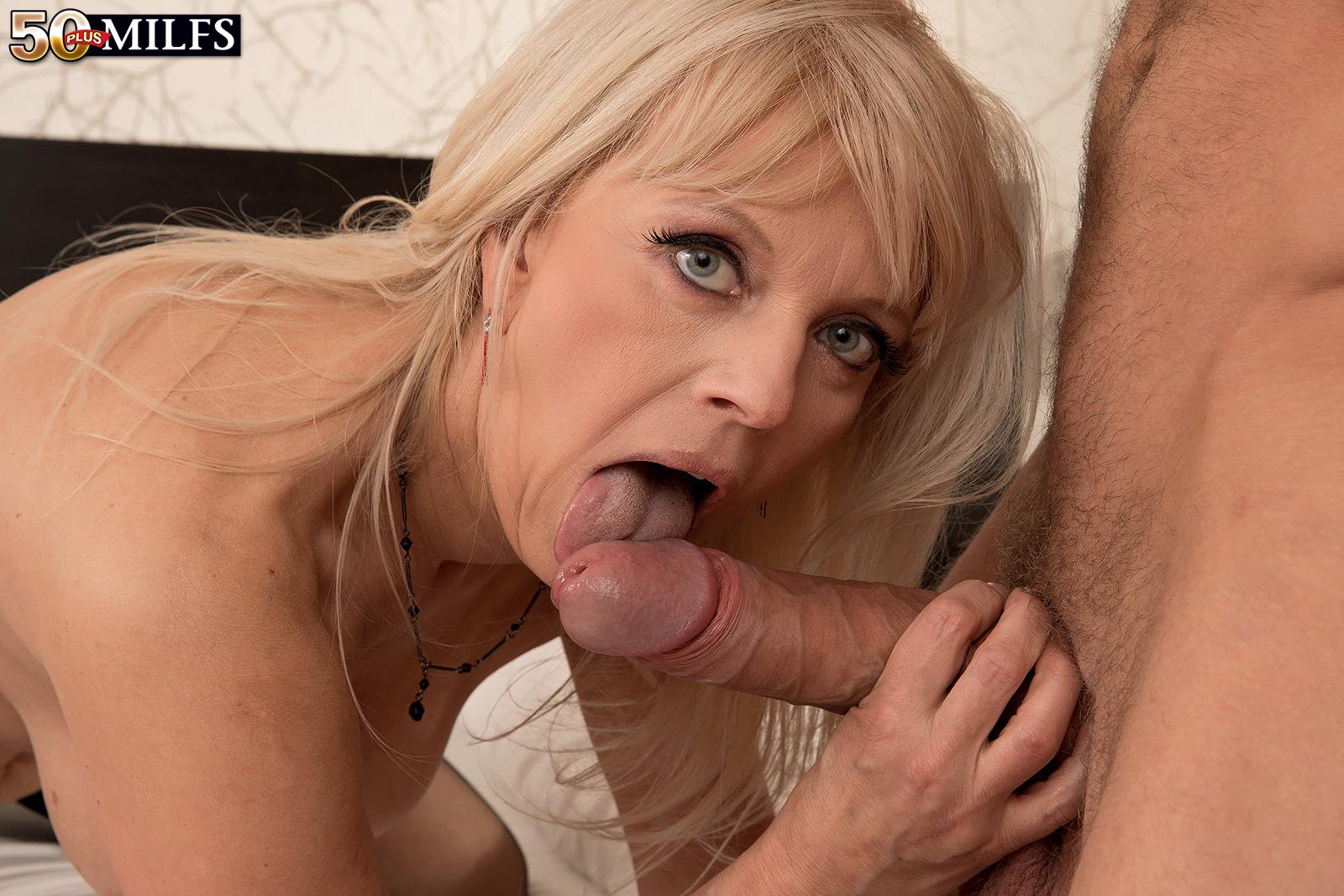 Sexy mature pornstars