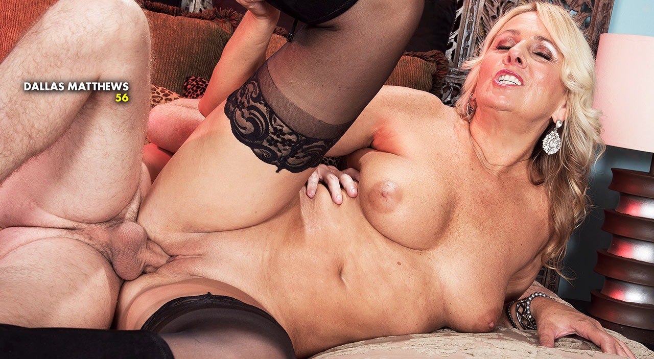 MILF babes - Join Now!