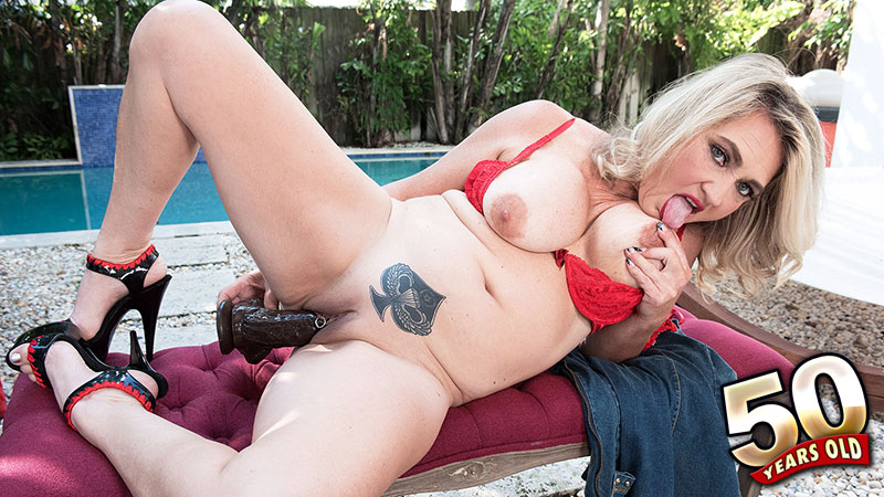 Daylynn Thomas - Solo Granny video