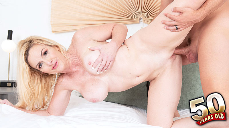 Marilyn Masters - XXX MILF video
