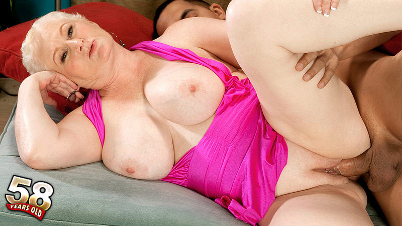 Miriam Harding - XXX MILF video