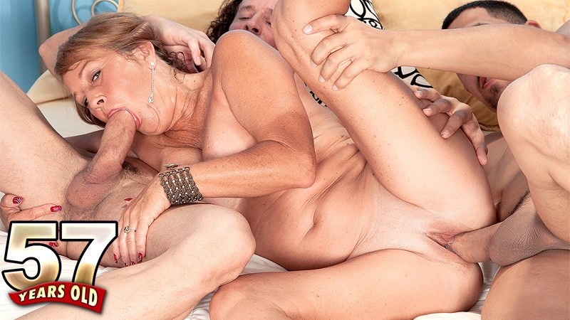 Movies Of Xxx Milfs, Mature Women, And Grannies Fucking -6384