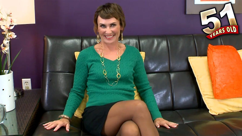 Lillian Tesh - Interview MILF video