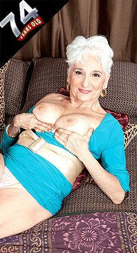Hattie - Solo Granny photos