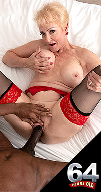 Seka Black - XXX Granny photos