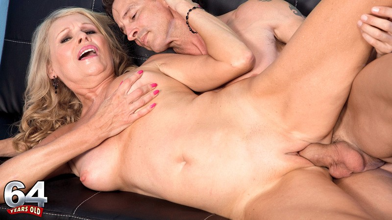 Movies Of Xxx Milfs, Mature Women, And Grannies Fucking -9176