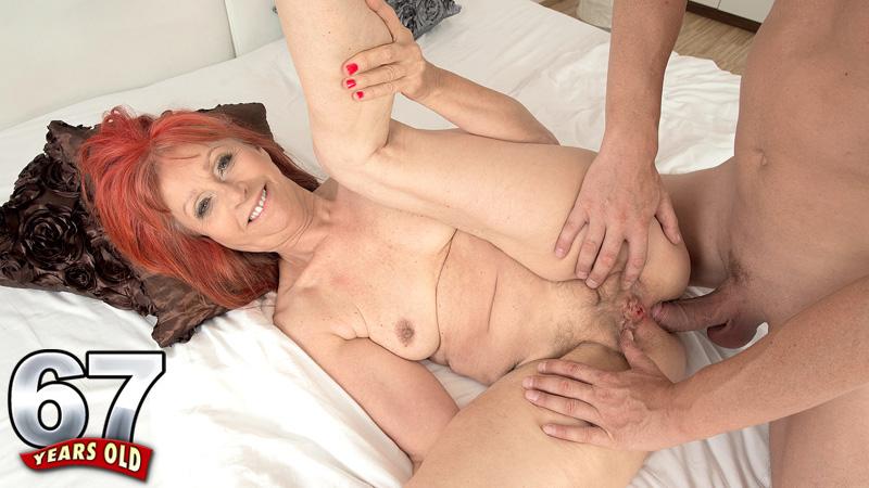 Sexy female foot worship