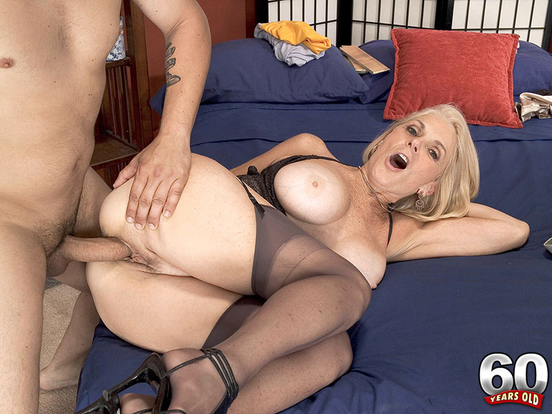 Georgette Parks - XXX Granny video