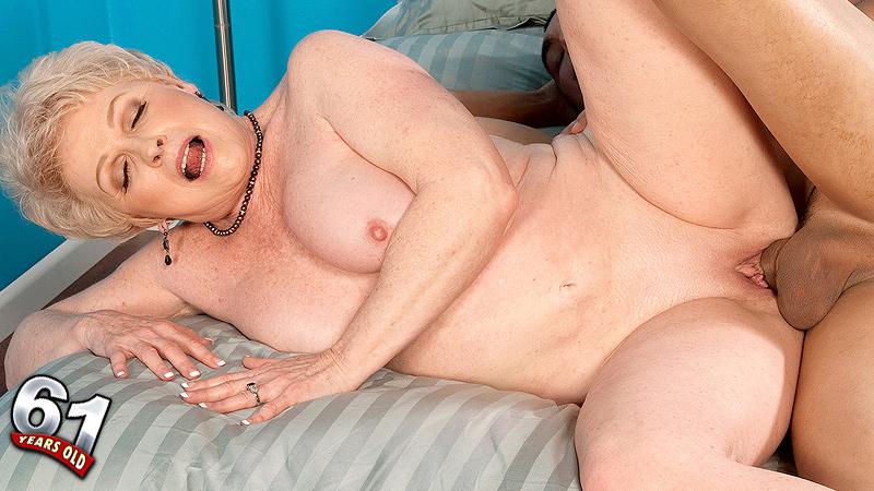 Older milf jewel porn
