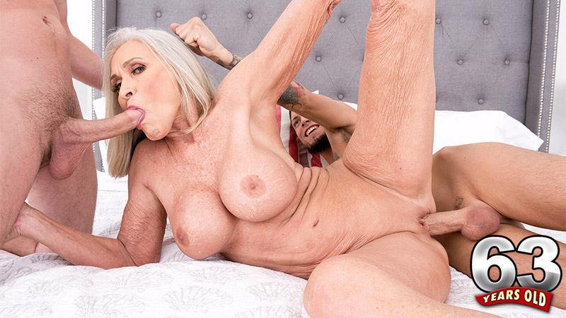 Tyler Steel - XXX Granny video