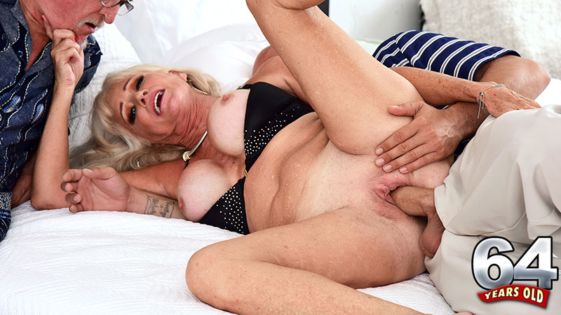 Jimmy Dix - XXX Granny video