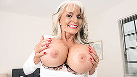 Sally D'Angelo - Solo Granny video screenshot 1
