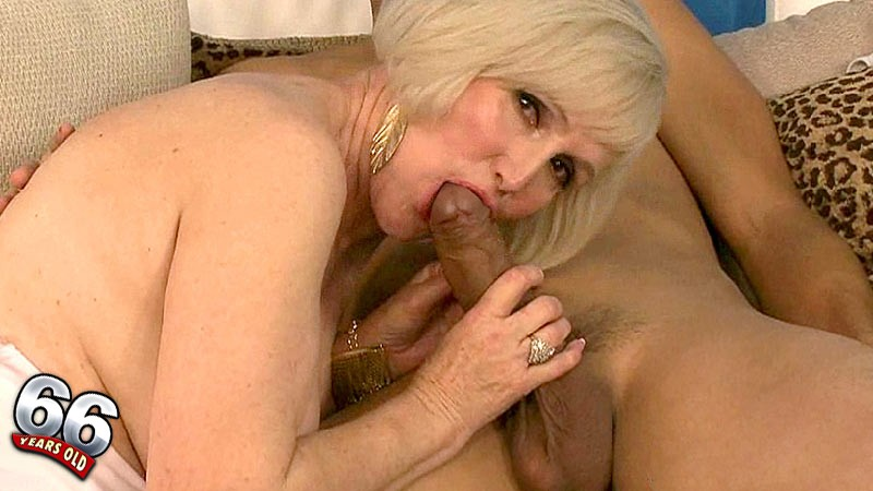 Lola Lee - Interview Granny video