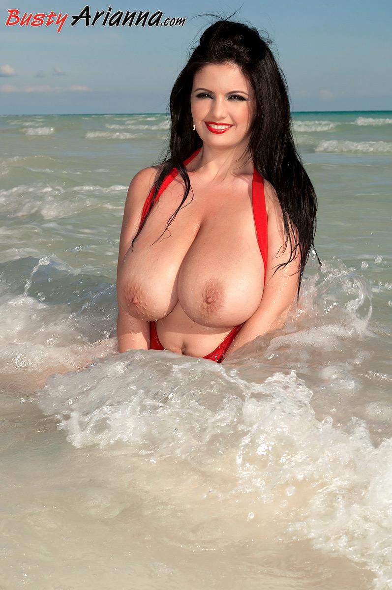 arianna-sinn-naked-car-video-amateur-dirty-wives