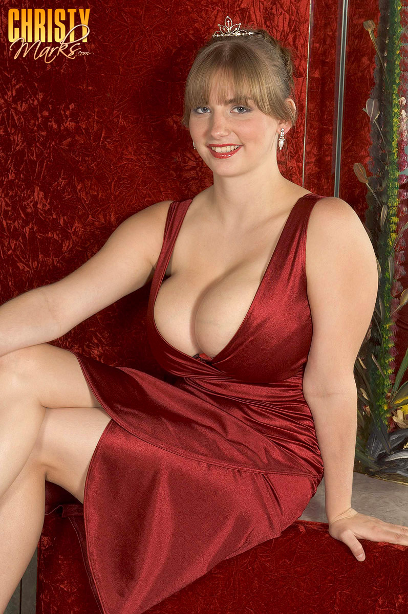 Huge prom boob