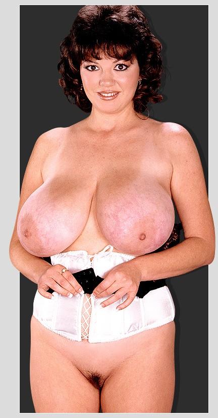 Pics of nude latinas
