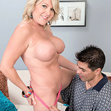 Preview Granny Gets Facial - MorganMonroe_27718_02