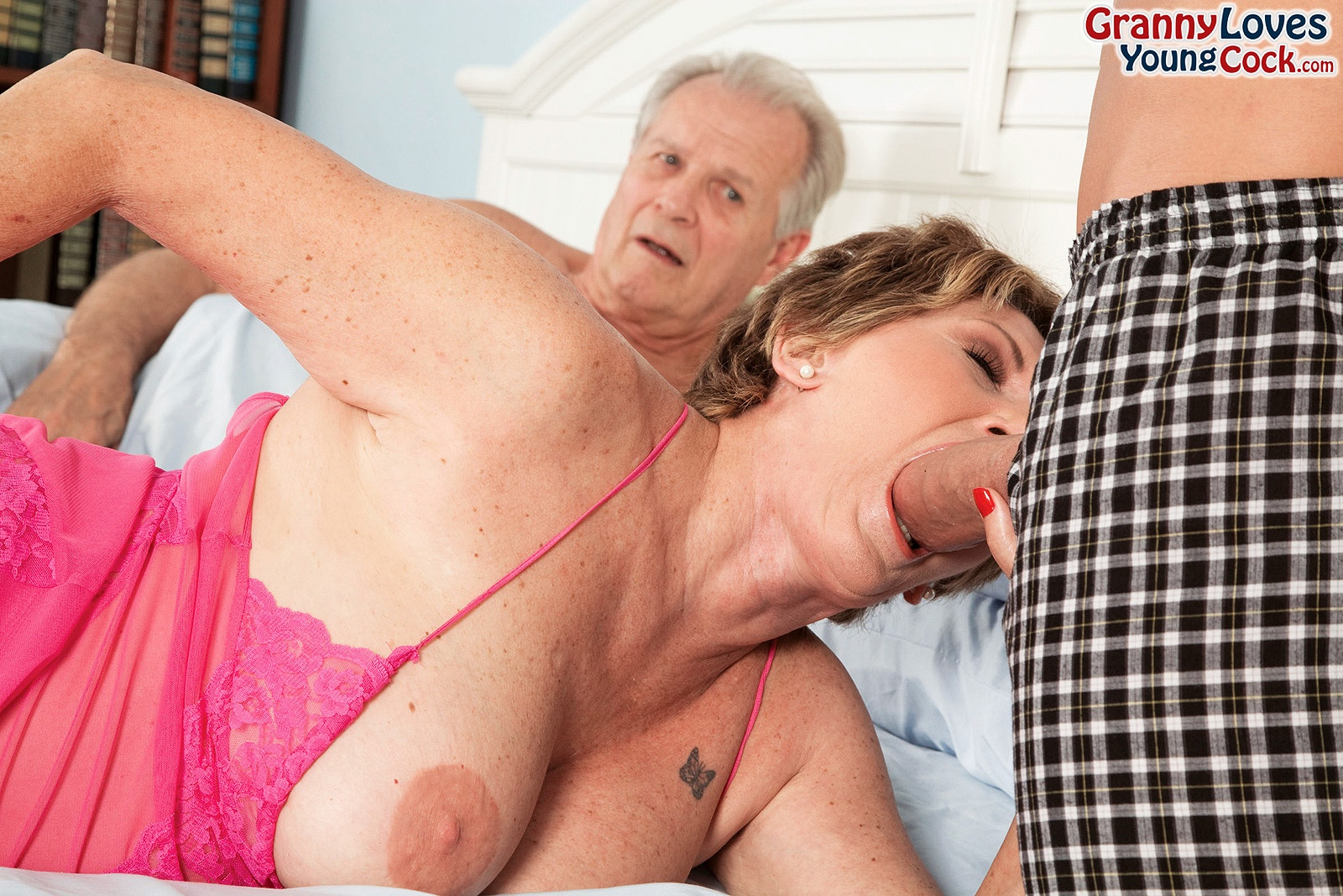 Granny loves young cock free porn