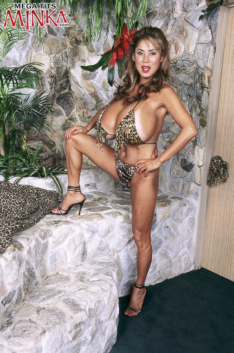 Jungle Girl - Minka 40 Photos - Mega Tits Minka-2287