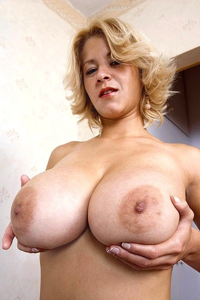 Cynthia Romero -  Big Tits model