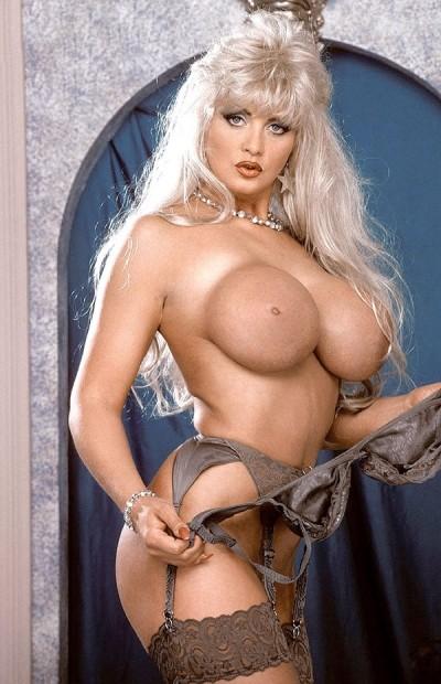 Natalia Big Tits Model