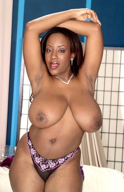 Sierra -  Big Tits model