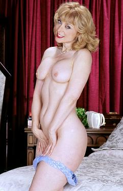 Nina Hartley - Feet model