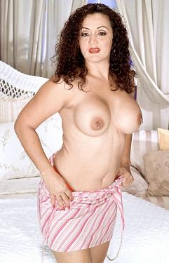 Melanie - MILF model