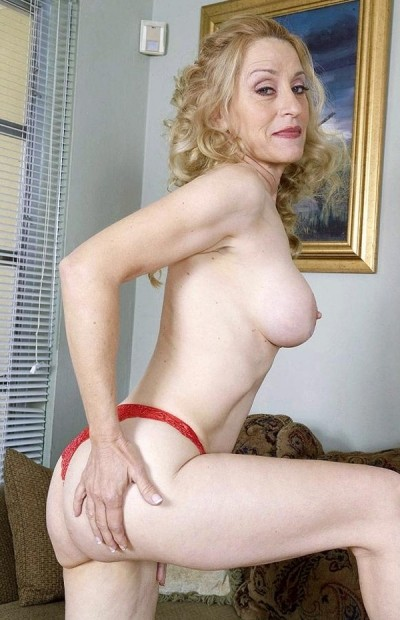 Robin Pachino -  MILF model