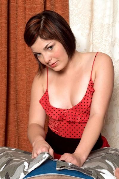 Alyssa Jersey - Amateur model