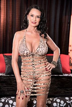 Rita Daniels - MILF model