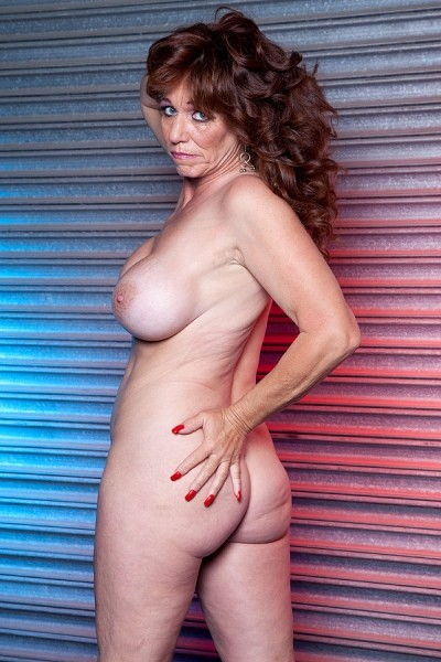 Sheri Fox -  MILF model