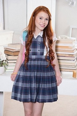 Dolly Little - Teen model