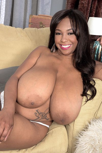 Rachel Raxxx - Big Tits model