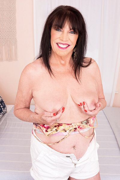 Christina Starr - Granny model
