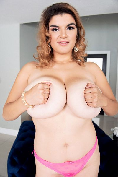 Jenni Noble - Big Tits model
