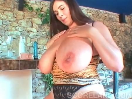 busty-bozena-nude-sexy-bikini-girls-marissa