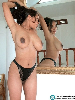 Yanine Diaz - Solo Big Tits photos