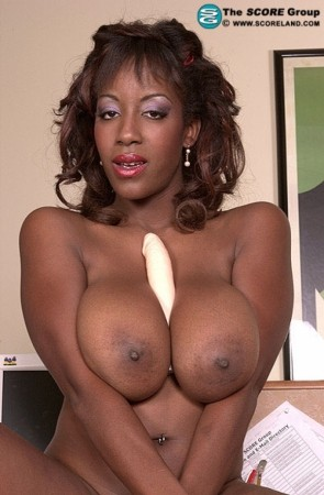 Sierra - Solo Big Tits photos