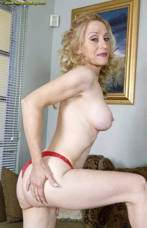 Robin Pachino - Solo Granny photos