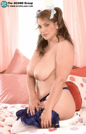 Mellie D - Solo Big Tits photos